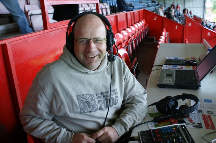 Andy makes himself at home in the Racecourse press box.