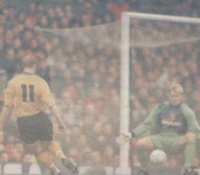 durkan scores against man u
