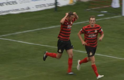 louis_moult_wes_york_celebrate_welling