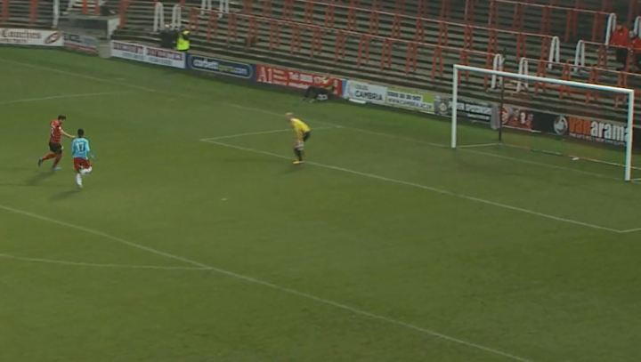 mark_carrington_goal_aldershot