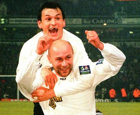 kevin_russell_peter_ward_celebrations_west_ham